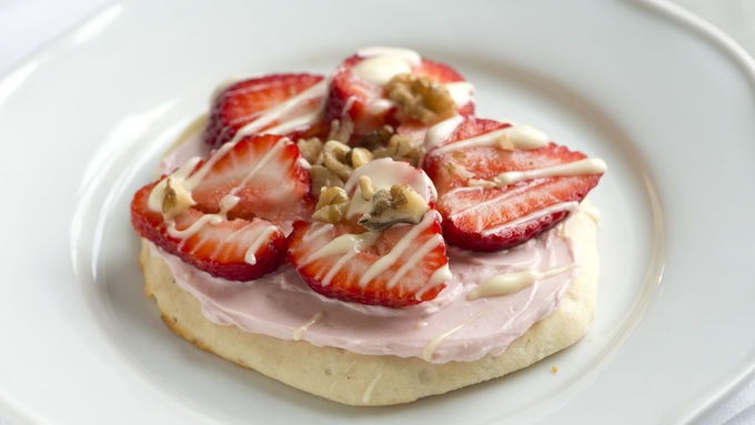 Strawberry Cheesecake Flatbreads with White Chocolate