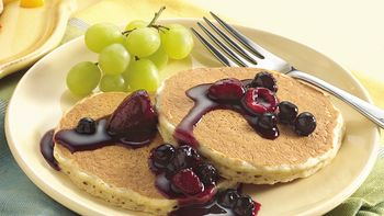Easy Oatmeal Pancakes with Mixed Berry Topping
