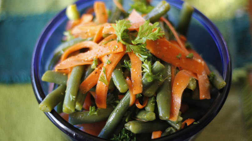 Green Beans with Carrots and Lemon Dressing