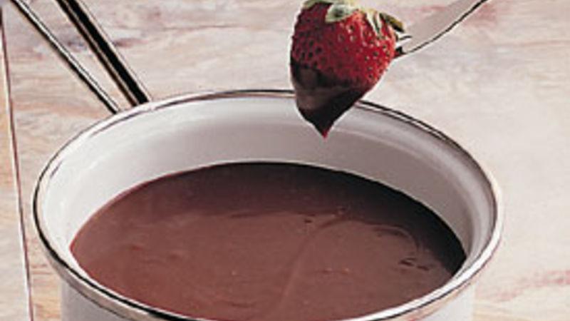 Chocolate-Sour Cream Fondue