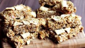 Apple Crunch Granola Bars
