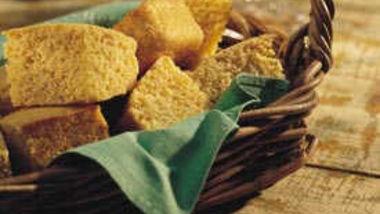 Sweet Country Cornbread (lighter recipe)