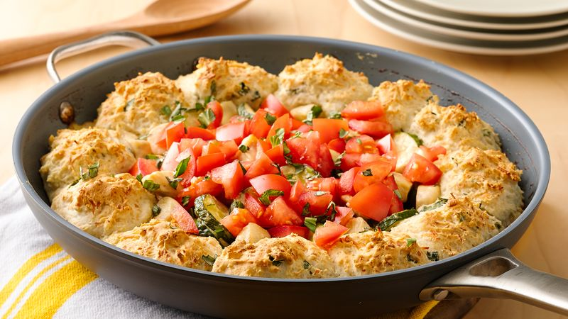Impossibly Easy Chicken Alfredo Skillet