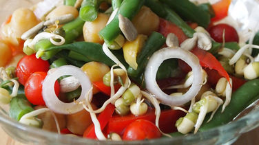 Green Beans and Chickpea Salad