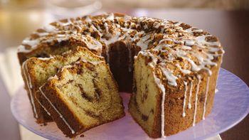 Classic Sour Cream Coffee Cake