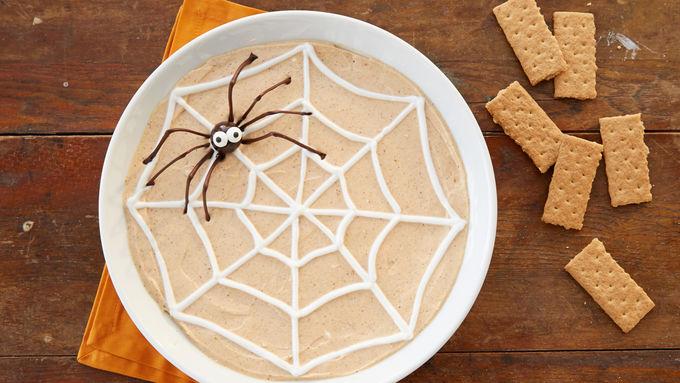 Spider Web Pumpkin Cheesecake Yogurt Dip