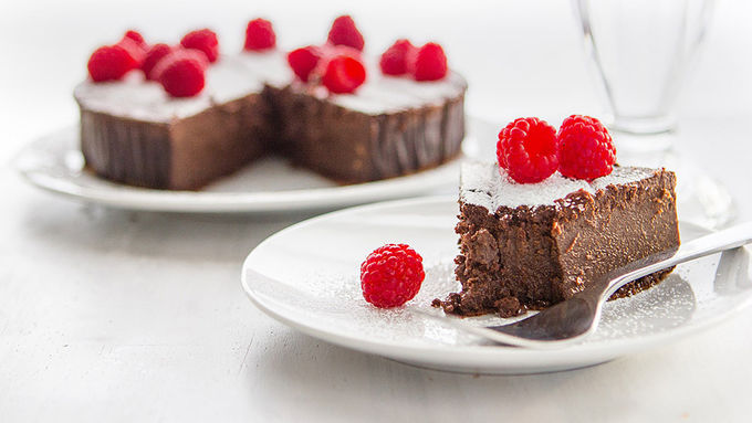 4-Ingredient Chocolate Raspberry Cake