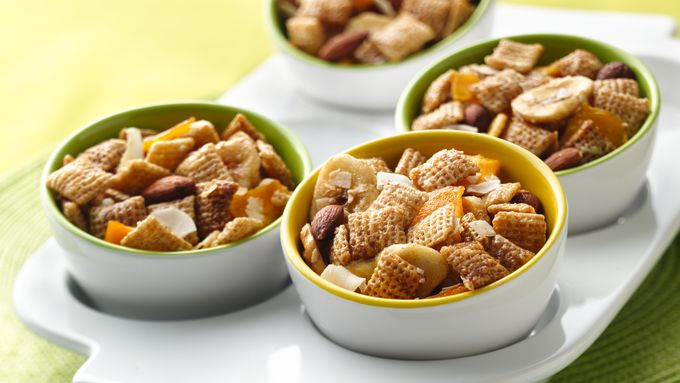 Chex™ Apple Cinnamon Fruity Snack Mix