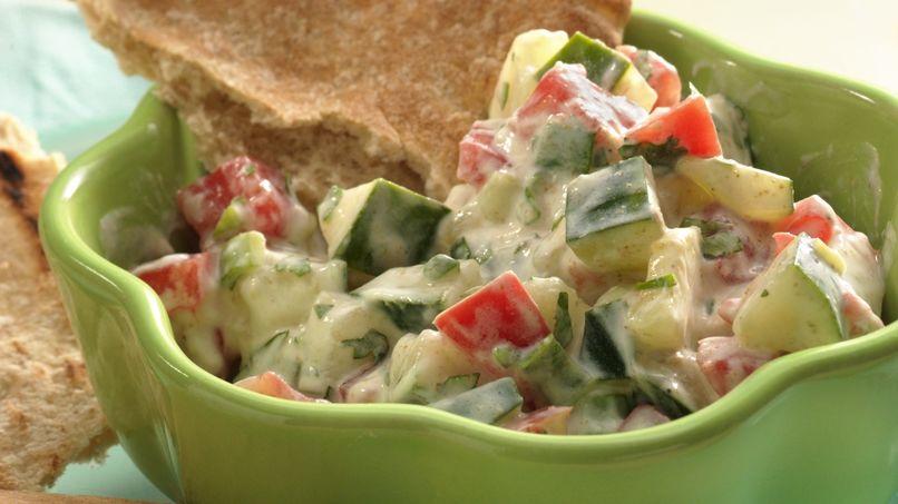 Pepino y tomate en yogur