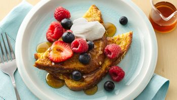 French Toast with Mixed Berries