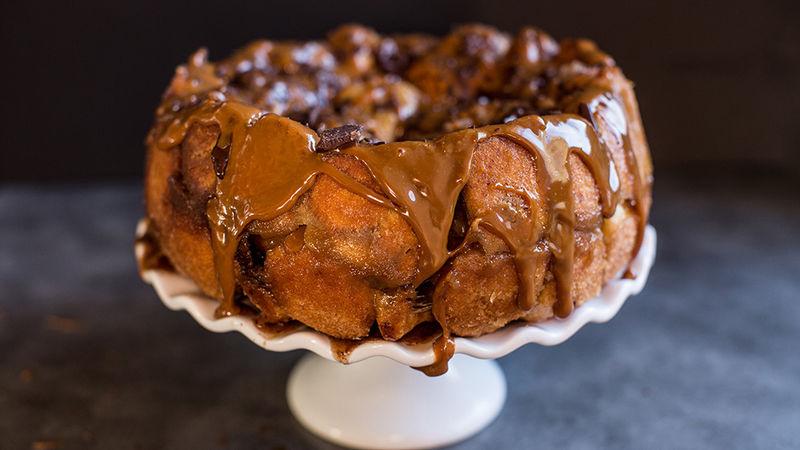 Chocolate-Peanut Butter Monkey Bread