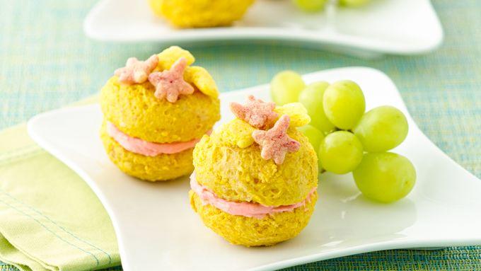 SpongeBob Whoopie Pancake Pies