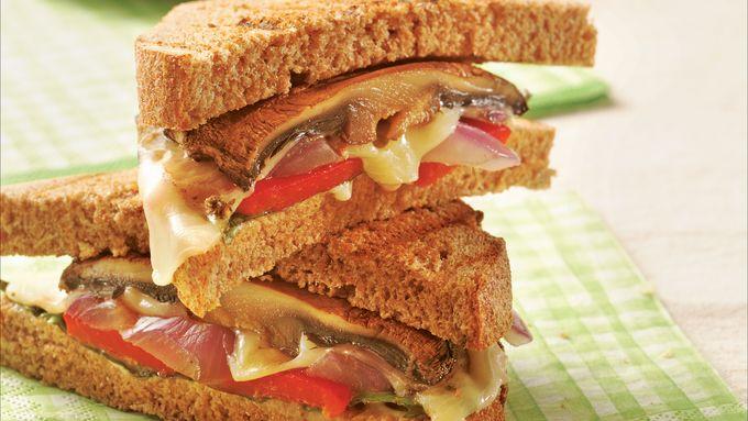 Mushroom-Pepper Whole Wheat Sandwiches