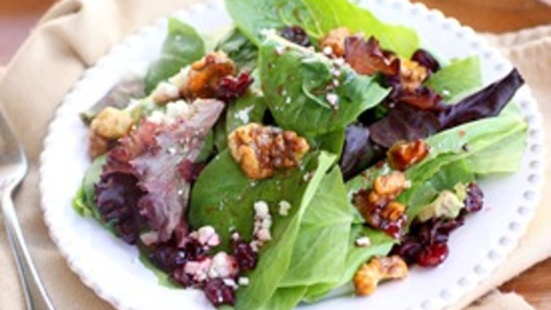 Candied Walnut and Gorgonzola Salad