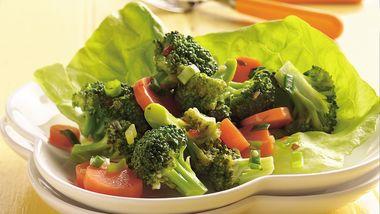 Marinated Broccoli and Carrot Salad