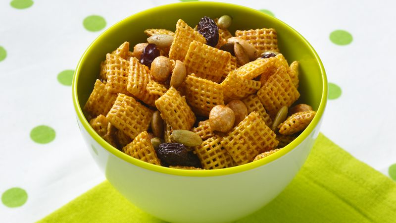 Gluten-Free Sweet and Spicy Honey Nut Chex® Mix