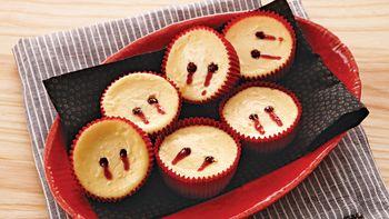 Vampire Cheesecake Bites