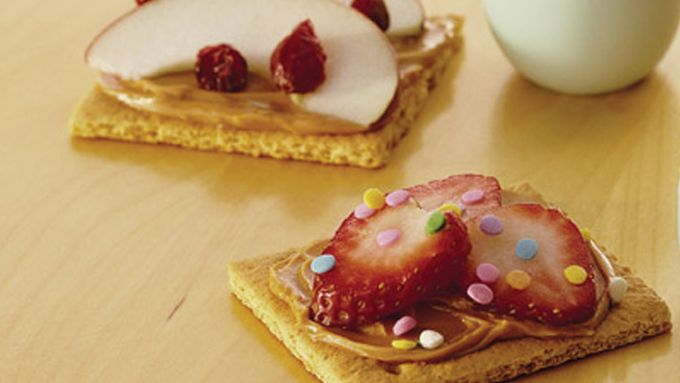 Have-It-Your-Way Graham Cracker Funwiches