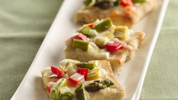 Asparagus, Artichoke and Red Pepper Pizza