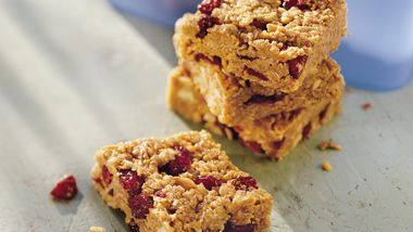 Chewy Oatmeal Snack Bars
