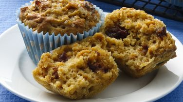 Banana-Date Muffins