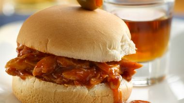 Whiskey and Beer BBQ Chicken Sliders