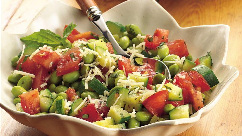 Calabacitas con Edamame y Tomates