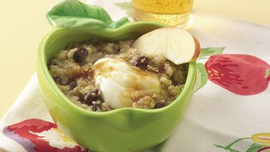 Creamy Apple-Raisin Oatmeal