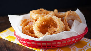 Easy Homemade Cheesy Onion Rings