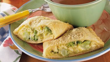 Yummy Broccoli-Cheese Squares