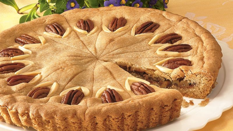 Apple-Nut-Cookie Tart