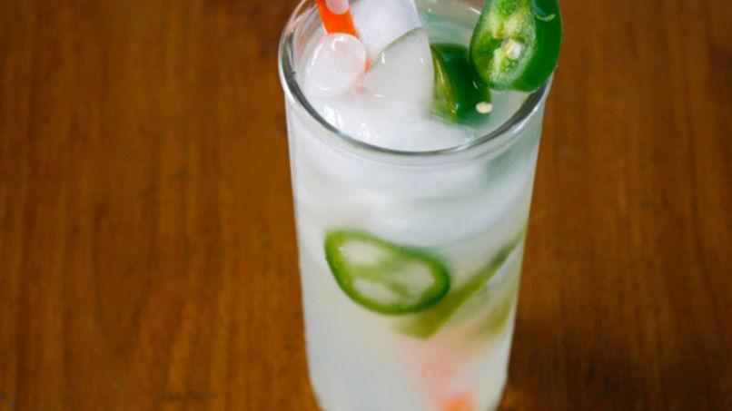 Ponche de Tequila con Jalapeño