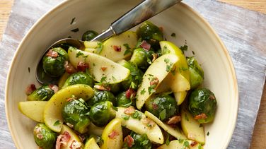 Brussels Sprouts with Apple