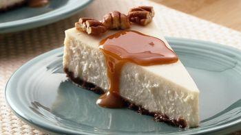 Creamy Vanilla-Caramel Cheesecake