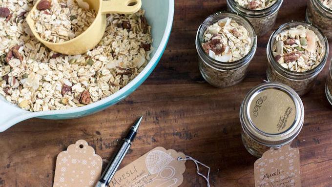 Giftable Jars of Muesli