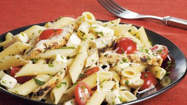Chicken and Fresh Mozzarella Pasta