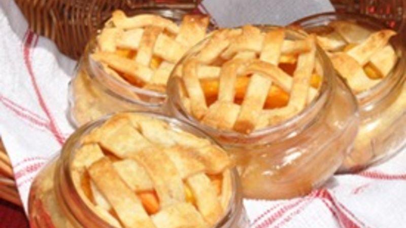 Peach Pies in a Jar