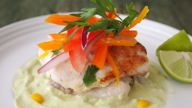 Fish Filets with Avocado Sauce