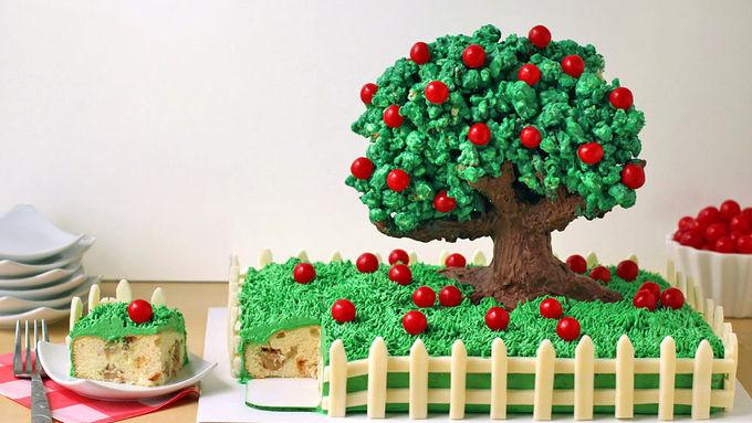 Amazing Apple Cake
