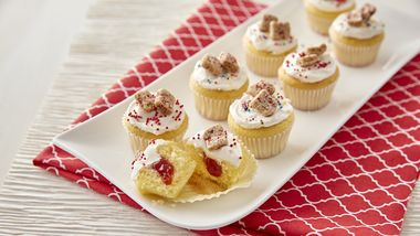 Strawberry Jam Tiny Toast™ Cakes