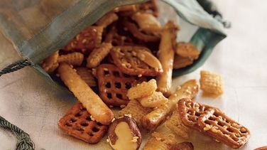 Roasted Sesame and Honey Snack Mix