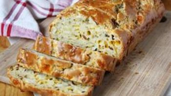 Gluten Free Bacon-Apple Cheddar Bread