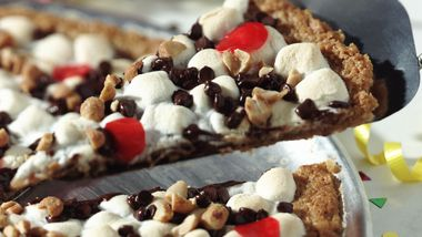 Gluten-Free Chex® Cookie Pizza