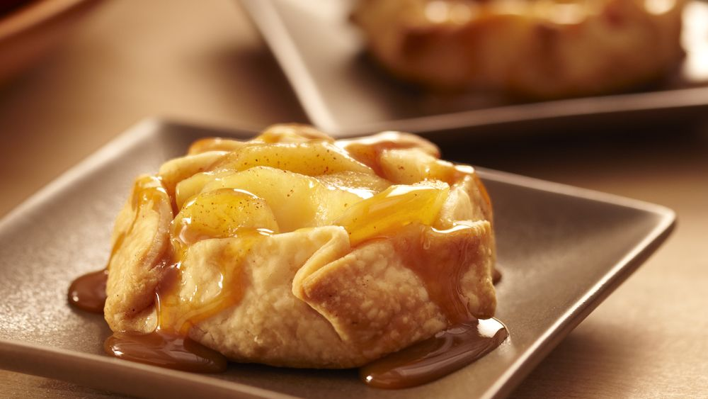 Mini Apple Crostatas