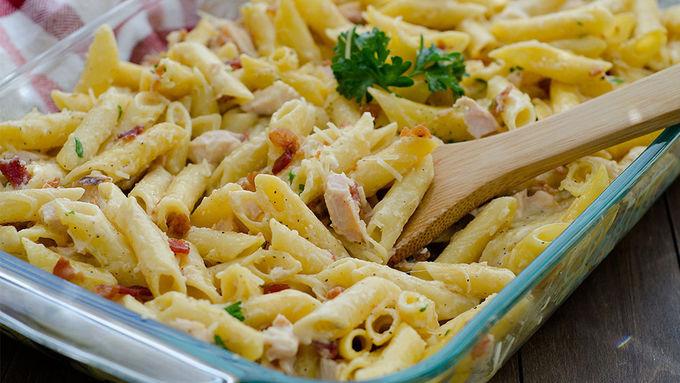 Chicken Carbonara Pasta Bake
