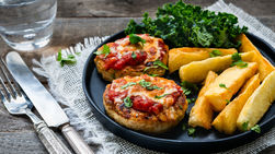 Chicken Medallions with Marinara Sauce and Fried Yucca