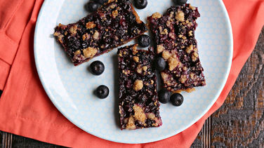 Oatmeal Blueberry Crumble Bars