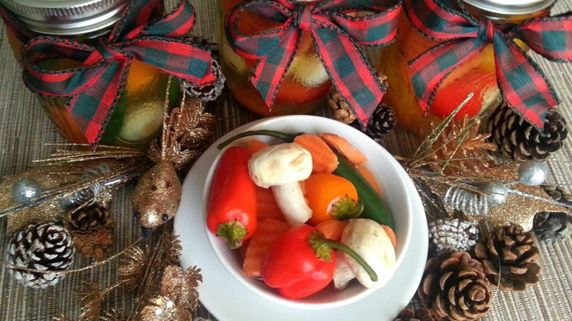 Pickled Chiles and Vegetables
