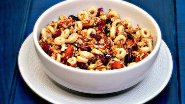 Cranberry and Cheerios™ Granola