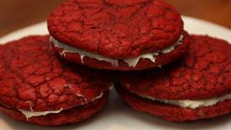 Red Velvet Cookie Sandwiches